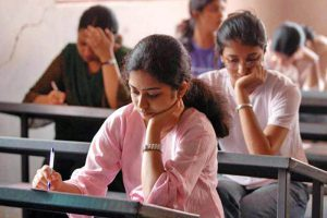 jee-main-student-appearing-exam