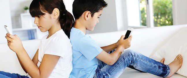spy-kid-whatsapp-using-sms-tracker